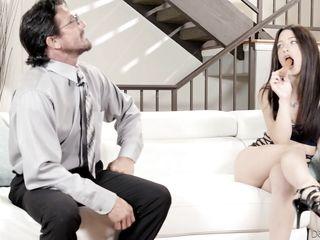 Жена смотрит как муж любовницей порно