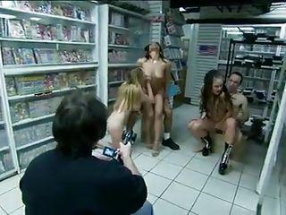 Порно подборки большие члены кончают