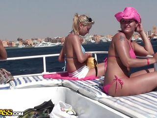 русское домашнее порно в душе