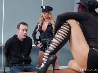 Грубый секс сзади