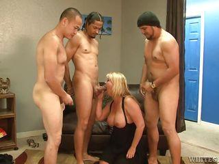 Секс с тремя блондинками